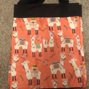 Thirty one essential storage tote